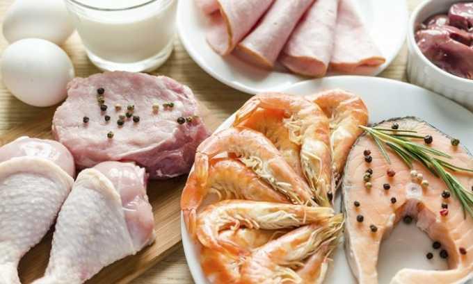 В комплексной терапии заболеваний протоков поджелудочной важное место занимает оздоровительное питание. Больному лучше отдать предпочтение продуктам, которые наполнены белком