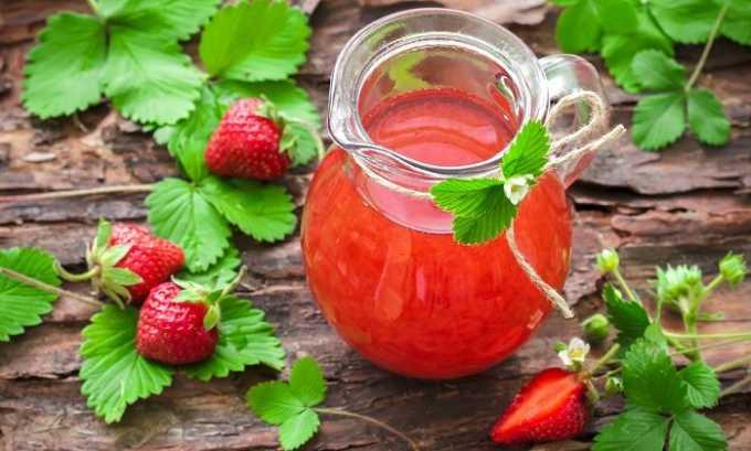 Целые ягоды лучше использовать для варки компотов