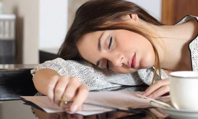 Больной может ощущать общую слабость, что негативно влияет на его работоспособность