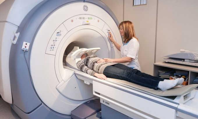 Компьютерная томография с добавлением контрастного вещества позволяет исключить развитие воспаления в других органах пищеварения, а также определить наличие омертвевших тканей железы