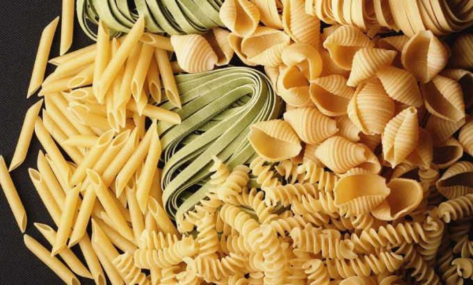 Разрешены к употреблению при воспалении поджелудочной макароны и макаронные изделия – в супах, как гарнир, в запеканках