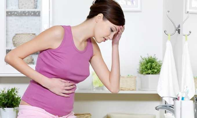 У женщин некоторые продукты могут вызвать болезненные ощущения в области живота и ухудшить общее состояние пациентки во время менструации или в состоянии беременности