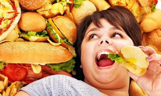 Плацдармом для появления рака головки поджелудочной является пристрастие к жирной пище и продуктам, изобилующим вредными добавками