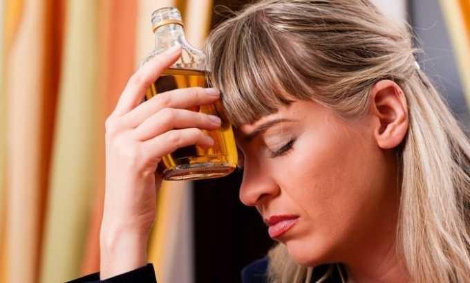 Очень часто причиной развития острого панкреатита является употребление алкоголя