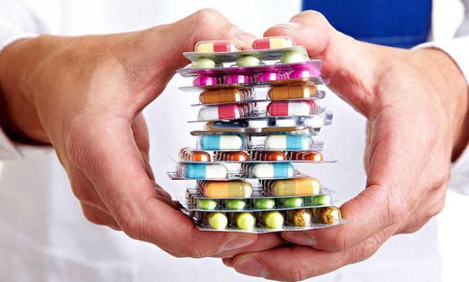 Можно так же выбрать одно из лекарств в виде таблеток для оттока желчи, перед употреблением алкоголя.
