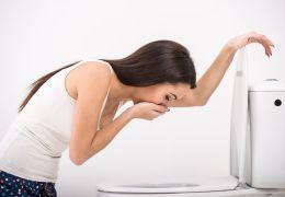Почему может возникнуть тошнота при панкреатите?