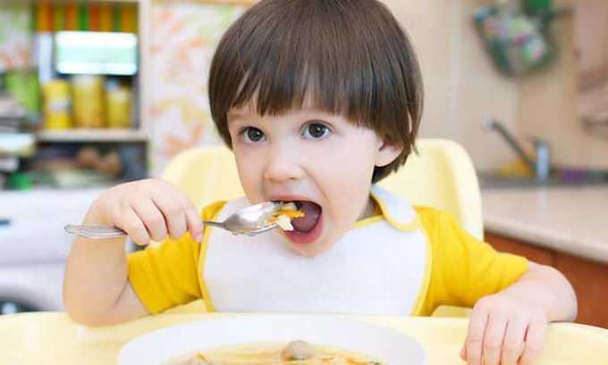 При заболевание поджелудочной железы для обеда ребенку подойдут супы
