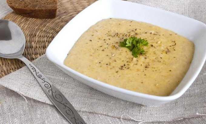 Рацион должен состоять из каш, пюрированных или растолченных супов, протертых овощей и фруктов
