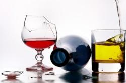 Чрезмерное употребление алкоголя - причина хронического панкреатита