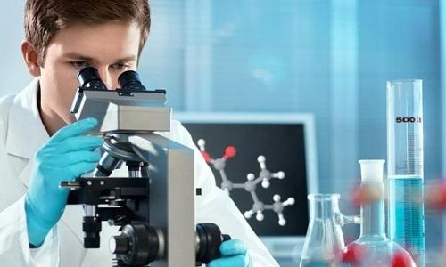 При постановки диагноза для определения разновидности опухоли выполняется биопсия. Полученные при этом исследовании образцы отправляются в лабораторию на гистологическое исследование