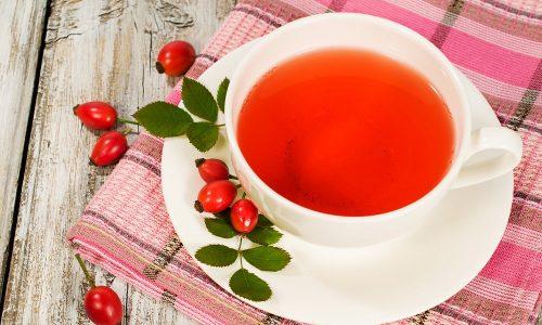 Отвар шиповника – один из немногих напитков, разрешенных к употреблению при панкреатите и холецистите