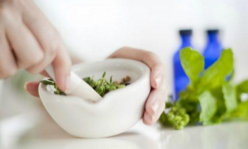 Лечение поджелудочной железы в домашних условиях позволяет снять воспаление, стабилизировать процесс пищеварения и общее состояние больного