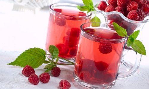 Ягодный кисель без сахара не противопоказан при панкреатите и холецистите