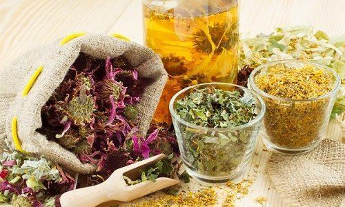 Травы для поджелудочной железы могут использоваться только в качестве вспомогательного средства медикаментозного лечения