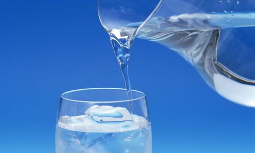 После операции необходимо потреблять достаточное количество воды