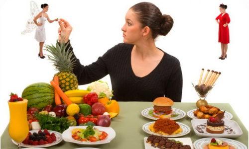 Решающую роль в лечении играет правильный полноценный прием пищи, поэтому диета при хроническом панкреатите должна быть сбалансирована, ведь соблюдать ее понадобится длительное время