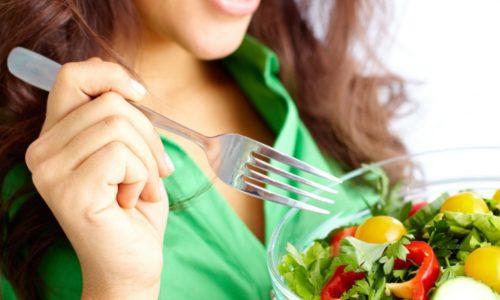 При поражении печени и поджелудочной требуется лечебное питание
