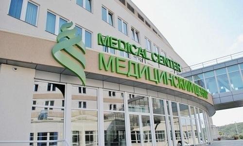 УЗИ можно без проблем пройти в государственной поликлинике, а также частных медицинских центрах