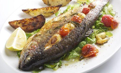 На ужин можно готовить запеченную рыбу