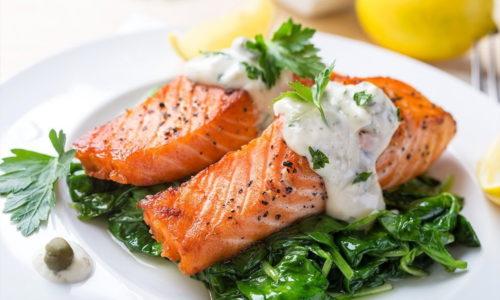 Рыба при панкреатите входит в перечень разрешенных продуктов, рекомендуемых для употребления не реже 2 раз в неделю