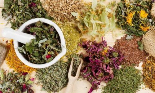 Воспаление железы можно вылечить и в домашних условиях при помощи отваров на основе лечебных растений