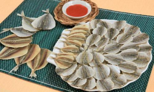 Из-за высокого содержания соли сушеная рыба запрещена при панкреатите